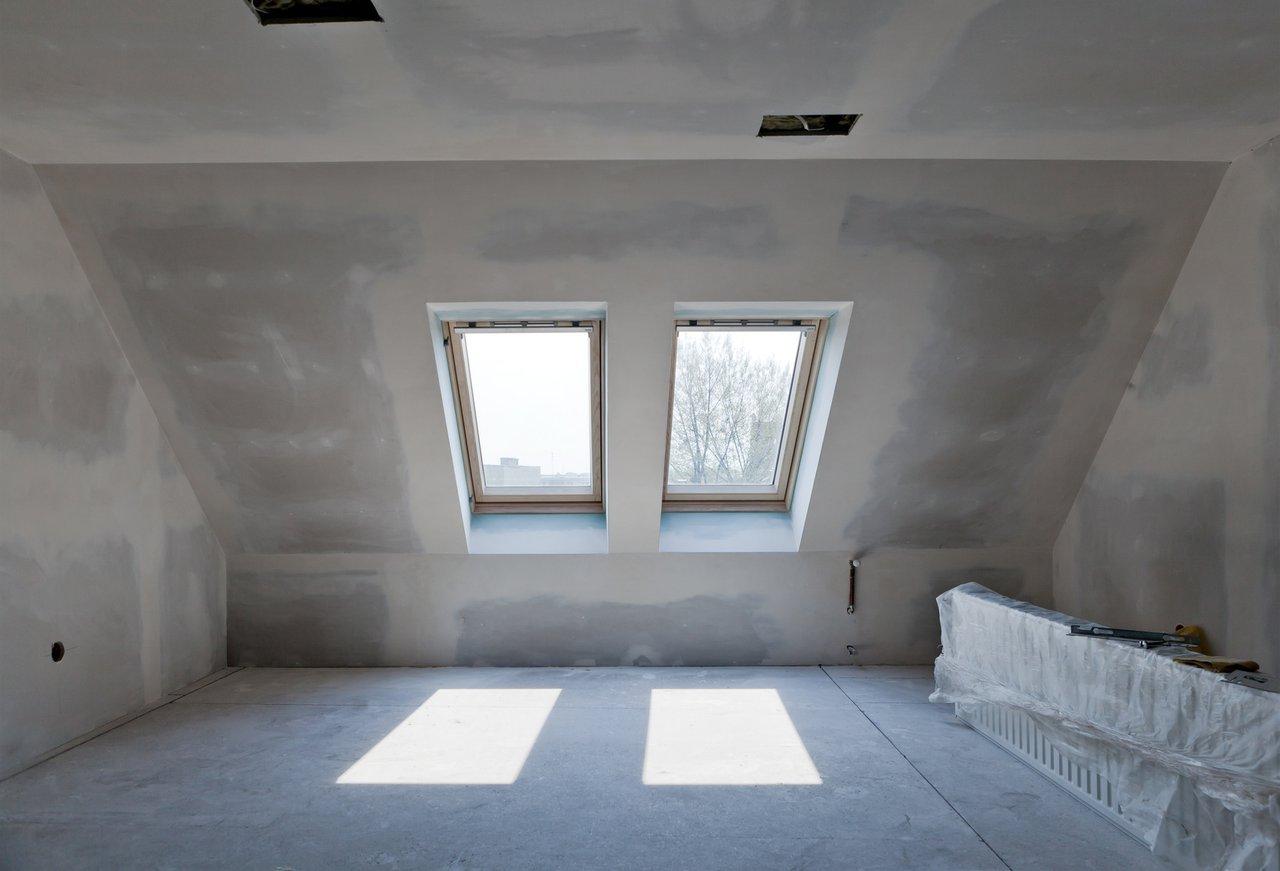 dachausbau wohnraumreserven fachgerecht ausbauen. Black Bedroom Furniture Sets. Home Design Ideas